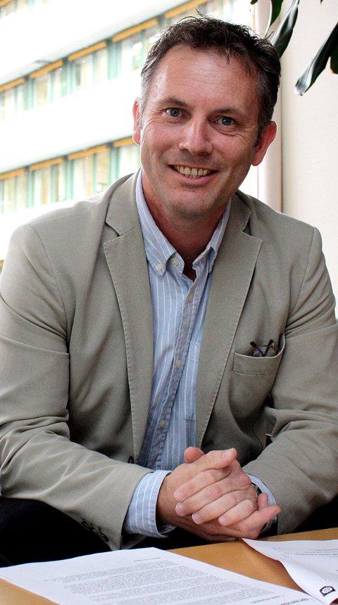 Ansvarlig for barnevernet: Dagfinn Cock er kommunaldirektør for oppvekst og utdanning i Lørenskog kommune. Foto: Torstein Davidsen