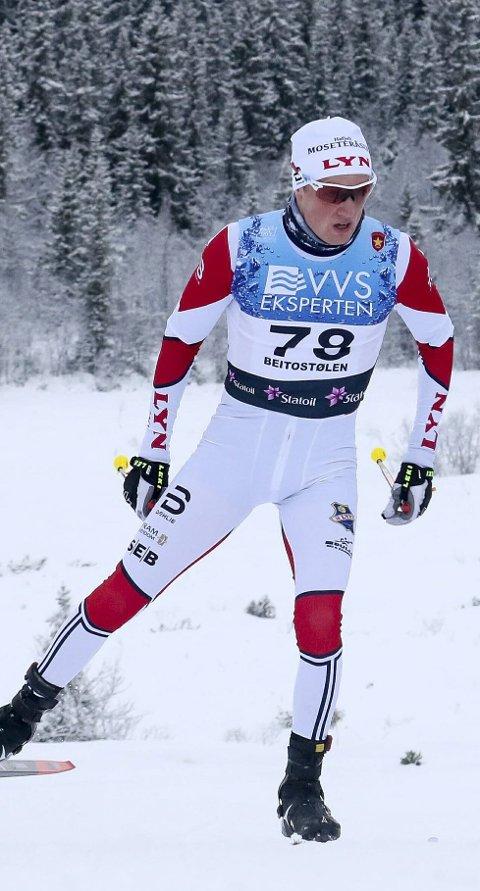 I KØEN: Jonas U. Frorud endte med to plasseringer rundt 100.