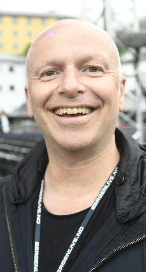 TAR PAUSE: Nå skal Frank Nes noen uker utenlands, blant annet på festival, selvsagt, før han er tilbake til nye konserter i august. FOTO: ARNE RISTESUND