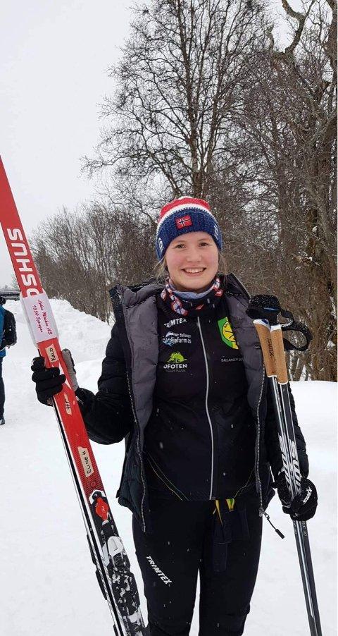 GULLJENTE: Det ble to KM-gull på ski i helgen på Eline Hansen fra Ballangen