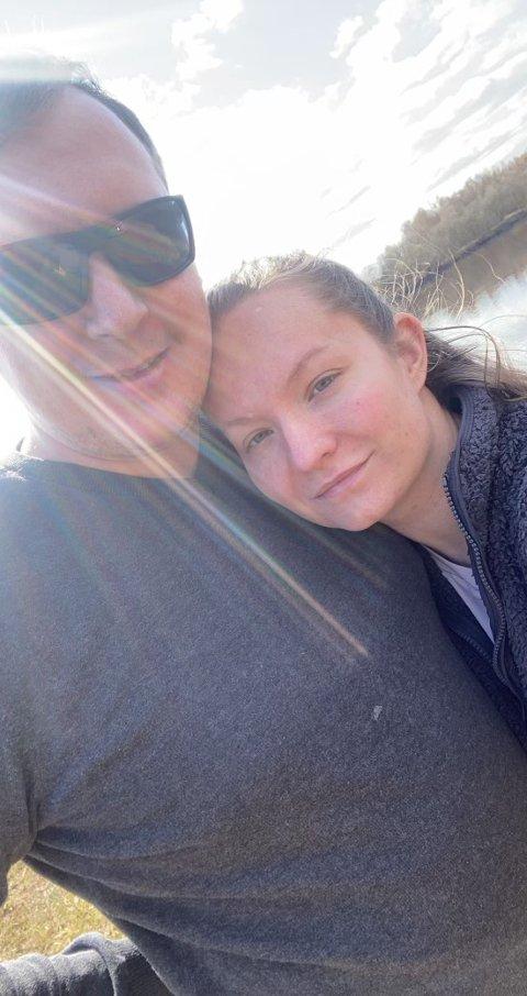 - Veldig ubehagelig - vi er både lei oss og sinte, sier Annette Svendsen Østby og Kenneth Berg Sæther, etter at de hadde innbrudd i huset om natta mens de sov.