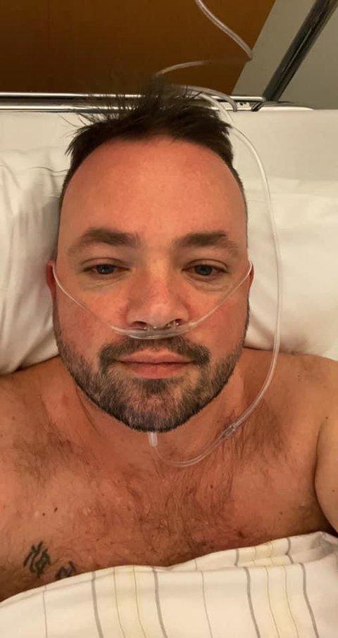 PÅ SYKEHUSET: Hogne Bang Winther (42) roser helsevesenets innsats onsdag.