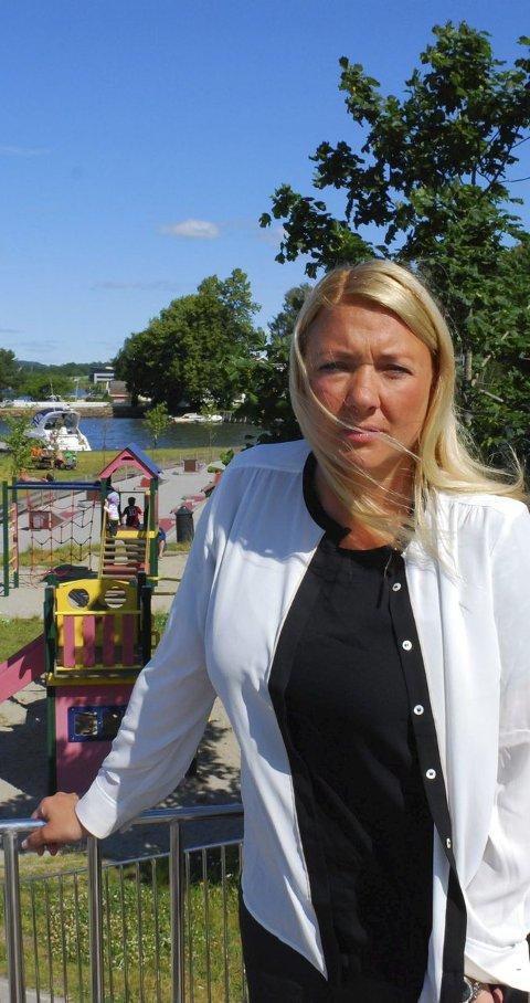 TENK DEG OM: Barnevernleder Ellen Fisher sier mange barn gruer seg til ferien.