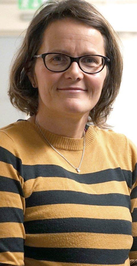 BEKLAGER: Kommunalsjef Heidi Eriksen Laksaa sier kommunen skal skal bli bedre når det kommer til å få ut viktig informasjon til innbyggerne. Foto: Fritz Hansen