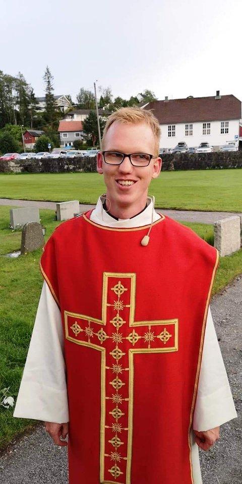 KLAR: Sogneprest Vebjørn Sagedal i Holla og Helgen menighet er klar til innsats.