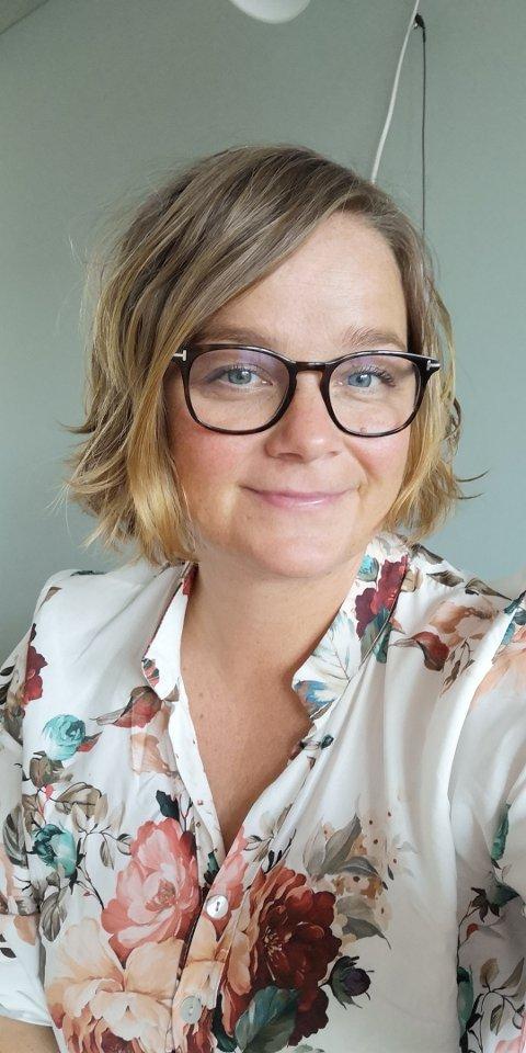 Gunn Beate Reinton Utgård kan vi framover høre på NRK P1s «God Morgen»-sendinger, der hun skal formidle lokalt stoff fra Svelvik.