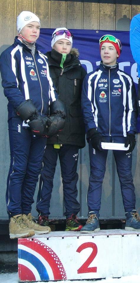 TOK SØLVET: Ole Amund Bonden Hørthe (t.v.), Sivert Kristian Rusten (13) og Mathias Sørnes (15).