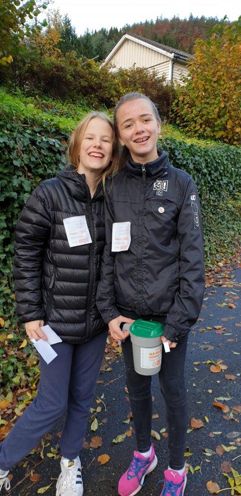 VENNER: Maren R.  og Reidun Oline var to av flere som vare ute for TV-aksjonen i 2019.