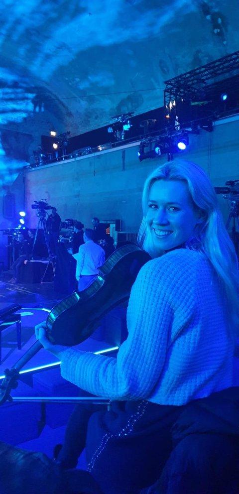 På TV-innspilling: I motsetning til alt annet som sto på agendaen, gikk TV-innspillinga med tyske ZDF i Berlin tirsdag som planlagt for Eldbjørg Hemsing. Nå sitter hun i heimekarantene i Norge.