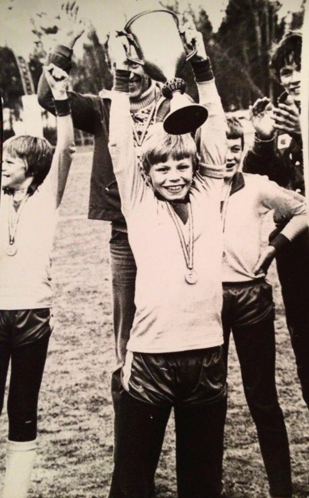 VIKTIG SEIER: Heggelia Cup i 1982 var den første store turneringen Morten vant med Storsteinnes. Kvaløysletta, med senere TIL-helt Steinar Nilsen på laget, ble slått 4-1 og MP scoret tre av målene og la opp til det fjerde.