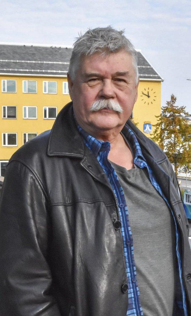 Et nedskalert sykehus på Hjelset vil gi et nytt og moderne sykehus for Molde og nabokommunene, skriver Steinar Høgsve (Sp).