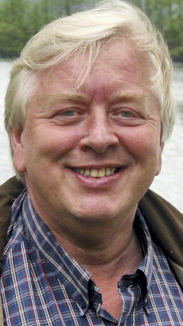 MINNES: Henning Myrvang var på fornavn med halve bygda, skriver Knut Hvithammer i dette minneordet.