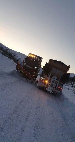 BRØYTEMANNSKAP: Brøytebilene og sjåførene har hatt en svært travel helg.