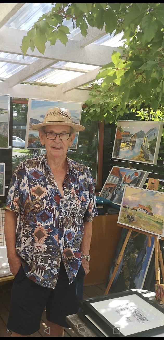 Sveinung Skjold holdt i helgen utstilling i hagen