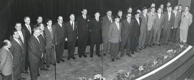 29 marineveteraner som hadde kjempet ved strendene i Normandie ble hyllet  på premieren av filmen Den Lengste dagen i 1963.