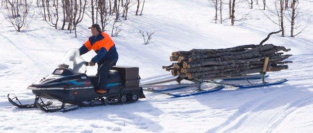 Snøskuter er et svært nyttig motorkjøretøy, til nytteformål.