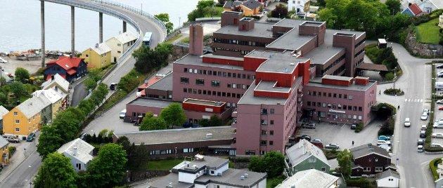 Det er  sykehuset det dreier seg om ved dette valget, alle andre saker er av mindre betydning, skriver Ketil Strand Andersen.
