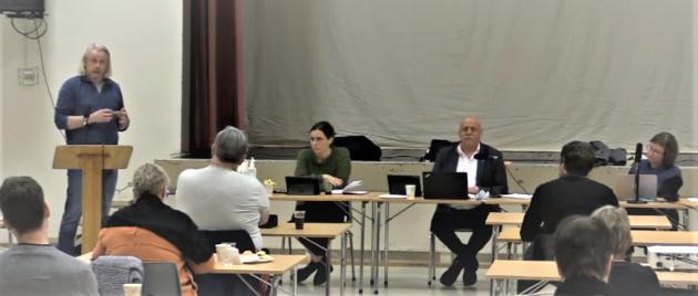 Risikerer alle som ber om innsyn i Heim kommune å havne i avisa dagen etter, spør Einar Vaagland.