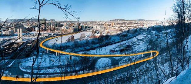 Høyres forslag til sykkelbro vil tar syklistene trygt ned til Bjørvika, istedet for byrådets forslag som er sammen med bilene og trikken i Oslogate