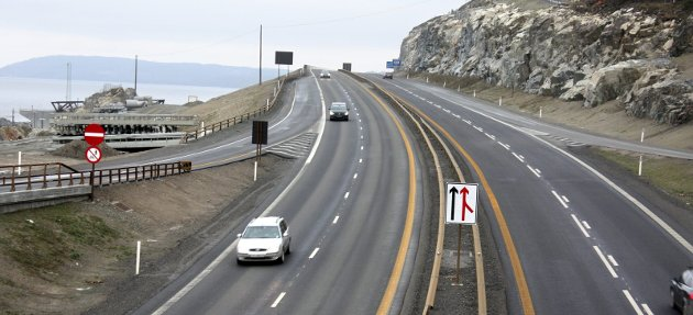 EFFEKTIVT: Statens vegvesen har bygd nye veier i Norge like effektivt som byggherrer i Sverige og Danmark, skriver innsender. Her nye E6 langs Mjøsa. FOTO: PER STOKKEBRYN