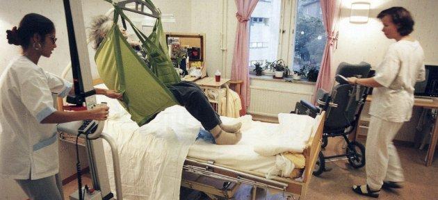 Menneskelighet: En våken medarbeider oppdager klanderverdig behandling av et menneske med store hjelpebehov. En liten sak, eller grov. Han sier ifra til ledelsen. Hvordan blir det mottatt?Illustrasjonsfoto: NTB Scanpix
