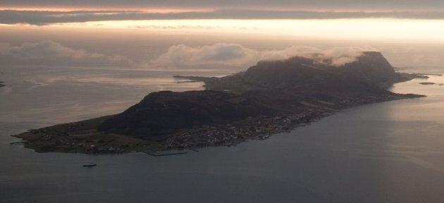 Rødt går imot «vindkraft på land, i fjæra og til havs». Bildet er fra Haramsøya.