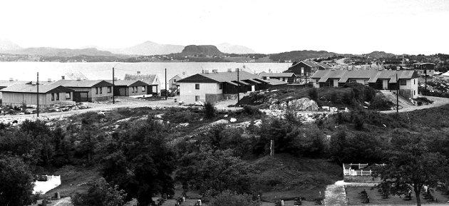 Konvoibyen i Lyhsenga på Innlandet, som består av til sammen 27 boenheter, 16 hus og 11 leiligheter, var innflytningsklare våren 1971.