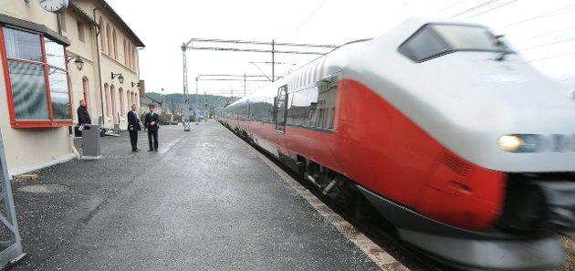 MELLOM BYENE: – InterCity skal styrke togtilbudet mellom byene, men planene tar ikke hensyn til godstrafikken, mener innsenderen.