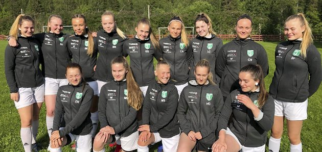 Klare: Gruben IL J16 er klare for ett av årets store høydepunkt, nemlig Norway Cup. Foto: Privat