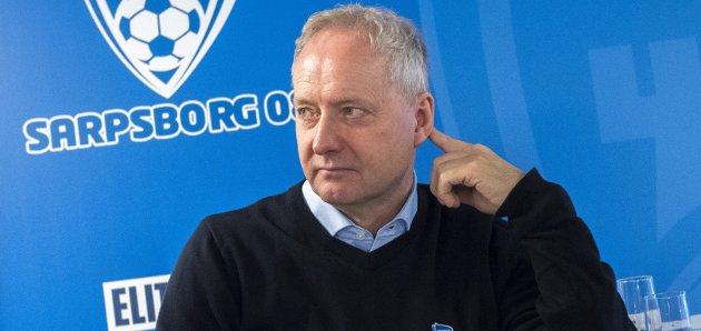TAR TAK: Daglig leder Espen Engebretsen varsler flere endringer i Sarpsborg 08-laget.