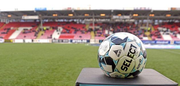 – Det er enkle kjøreregler som gjør fotball til en attraktiv idrett, mener innleggsforfatteren. Foto: Rune Stoltz Bertinussen