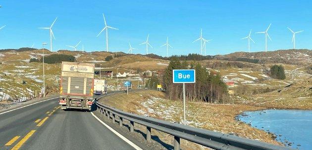 """UAKTUELT: """"Vedtaket om å legge nye E39 i Vikesåområdet med et viktig knutepunkt i industriområdet ved Bue, vil ikke svekke Jærbanen sin posisjon som et viktig samferdsel- og transportmiddel. Det vil være uaktuelt for mange å kjøre bil til Bue for å fortsette videre nordover mot Sandnes, Stavanger"""", skriver Terje Havsø."""