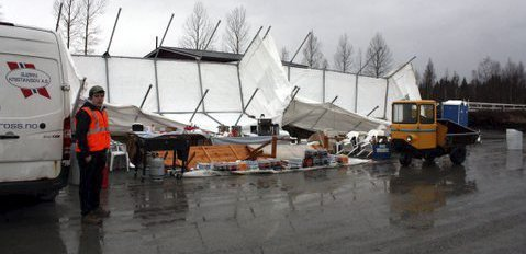 Ruskete: Med nysnø fredag, regnvær og kiosk på halv tolv lørdag var besøkstallet noe lavere i år.