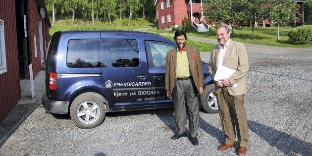 EN AV GJESTENE: Erik Eid Hohle og Rajendra Kumar Pachauri på Energigården (arkivfoto).