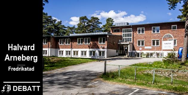 Jeg håper Fredrikstads politikere ser sin besøkelsestid og stemmer ned denne gigantiske oppsamlingsplassen for mennesker som utgangspunktet strever for et verdig liv blant alle oss andre «normale», skriver Halvard Arneberg.