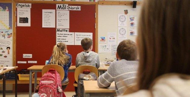 SKOLEBUDSJETT: Den offentlige skolen i Strand sliter med å gi et godt nok tilbud til elevene. Skolebudsjettet er strammere enn før, og et rådgivingsselskap har i høst fått i oppdrag å måle hvor mye hver enkelt elev koster. (Illustrasjonsfoto: Elin Moen Karlsen)