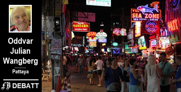 Gågaten i Pattaya – et bilde som forteller at mange besøker området for å oppleve det heftige nattelivet. Oddvar Julian Wangbergs budskap er at byen er så mye mer enn dette.