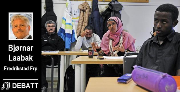 Bjørnar Laabak forteller at Fredrikstad får økte utbetalinger til sosialhjelp i årene fremover fordi kommunen har bosatt et vesentlig antall personer siden 2014, og statens finansiering opphører etter fem år. Illustrasjonsbilde fra Fredrikstad internasjonale skole.