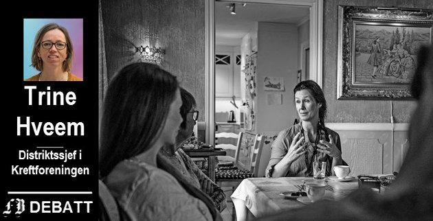 For å møte fremtidens behov må vi organisere arbeidet smartere, for å sikre at alle som rammes av alvorlig sykdom får tilbud om gode og koordinerte tjenester, skriver Trine Hveem. Illustrasjonsfoto av Elisabeth Bjønstad Karlsen, kreftsykepleier i Fredrikstad kommune.