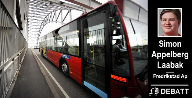 Simon Appelberg Laabak mener  Fremskrittspartiet og Pensjonistpartiet står for en enorm ansvarsfraskrivelse i klimapolitikken, og at partiene betrakter tiltak som gratis buss som symbolpolitikk.