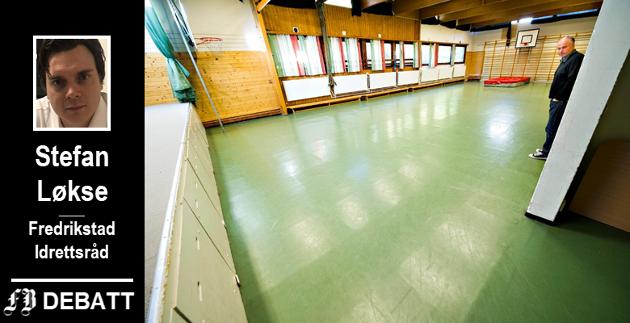Svartbygget, hvor Rød skoles gym- og sløydsal samt skolekjøkken ligger, er erklært rivingsmodent. Rektor ved skolen ønsker ny gymsal, Fredrikstad Idrettsråd (med flere) mener området trenger en flerbrukshall.