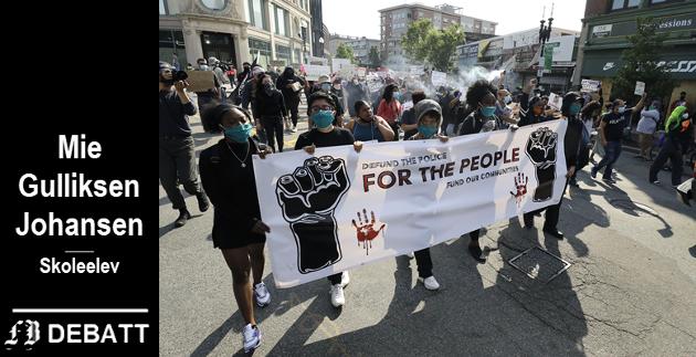 – Det stedet som er verst med rasisme nå for tiden, er USA, mener brevforfatteren. Bilde fra demonstrasjon mot politivold i Boston onsdag.