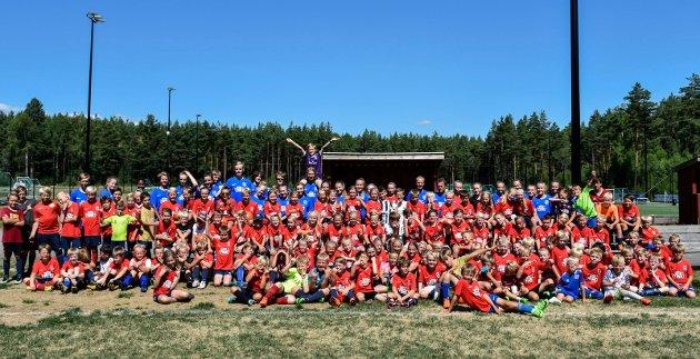 Holeværingen Fotballskole: Hele 130 unge deltagere fra IL Holeværingen og andre klubber i distriktet.