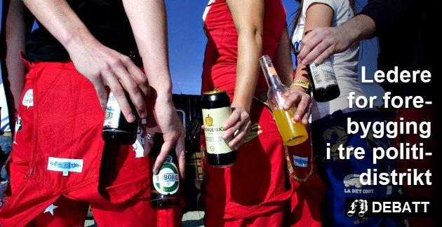 – Flere russ debuterer både med alkohol og narkotika i tilknytning til russefeiringen. Skadevirkningene bør alle kjenne til, skriver de tre politilederne med ansvar for forebygging. Arkivfoto: Trond Thorvaldsen