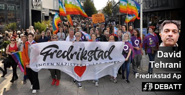 Skeiv Ungdom Østfold samlet flere hundre mennesker til en solidaritetsparade i Fredrikstad sentrum i september i fjor. Senere denne måneden får byen oppleve sin første virkelige Pride-parade. Arkivfoto: Kristian Bolstad