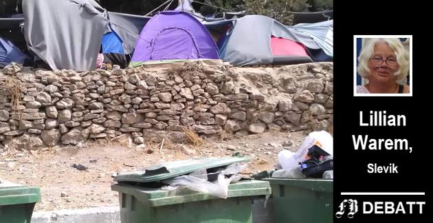 På vakre Samos i Hellas bor over 6000 flyktninger i en teltleir beregnet på 400. Hjelpen er kjærkommen for mennesker som mangler rent vann, mat og klær.