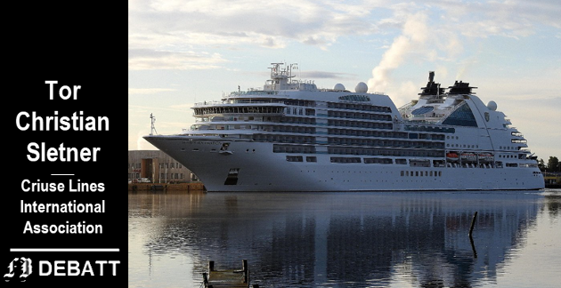 Debatten om hvordan cruisenæringen bidrar til utslipp og inntekten blusset opp igjen etter at  «Seabourn Ovation» til i Fredrikstad for en snau uke siden.
