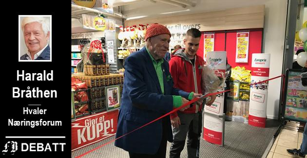 Bildet av fortsatt aktive Olav Thon (96) som snorklipper da Europris åpnet sin første City-butikk i Thons Gunerius-senter i mars i fjor er fin inspirasjon for den eldrenergien som finnes i Hvaler,  ifølge brevforfatter Harald Bråthen.
