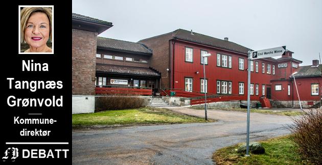 Kommunedirektøren har to svar til hvor aktuelt det er  bruke det nedlagte sykehjemmet Emil Mørchs Minne til pandemipasienter: I den fasen som har vært, har andre tiltak vært mer hensiktsmessige.  Dersom det blir behov for ytterligere døgnplasser, vil kommunen ta i bruk arealer på Emil Mørchs Minne.