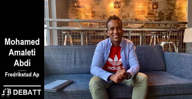 Mohamed Amaleti Abdi har trosset  rasistiske tilrop og mobbing, og sitter i dag i bystyret for Arbeiderpartiet.  – La oss snakke hverdagsrasisme. Nå! oppfordrer han.